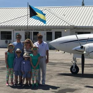 Happy Family Bahamas Flight Eleuthera the Island School